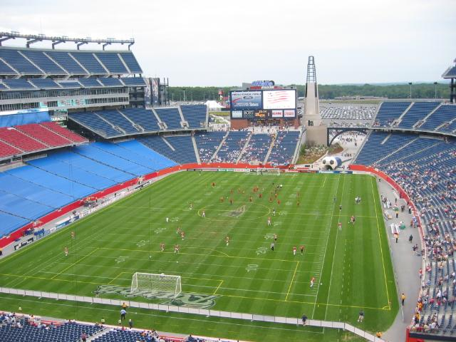 The stands at Gillette Stadium will have wi-fi Internet access, via of a deal between The Kraft Group and Enterasys.