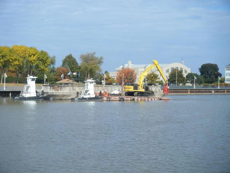 AECOM's Sheboygan harbor dredge project