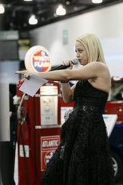 Auctioneer Kristie Griffin takes bids during the oral auction.