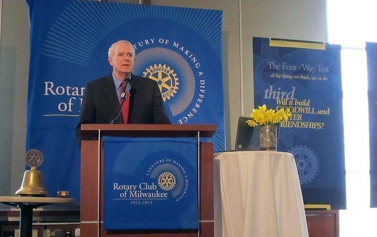 Milwaukee Mayor Tom Barrett spoke before a luncheon audience at the Rotary Club of Milwaukee Tuesday.
