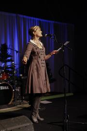 The event included a performance by a singer from the Milwaukee Opera Theatre.