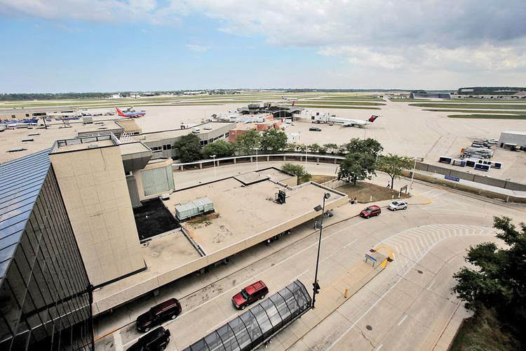 The hotel is proposed for vacant land south of General Mitchell International Airport.
