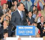 Former Packer <strong>Bart</strong> <strong>Starr</strong> endorses Romney in Milwaukee campaign stop