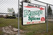 Penzeys Spices has more than 500 employees.