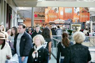 Holiday shoppers at Mayfair Mall