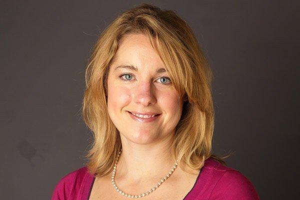 Dr. Nicole Lohr