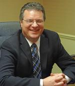 Mitchell Bank names <strong>Thomas</strong> <strong>Hart</strong> president