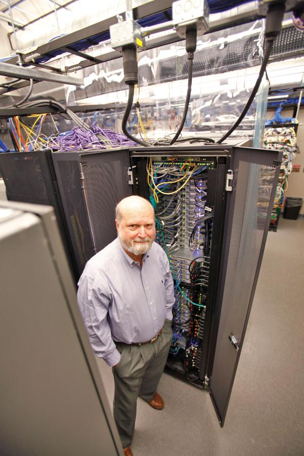 Technology executive Jay Bayne leads the non-profit Milwaukee Institute and its supercomputer.