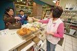 Table Talk: Market carry-out features Vietnamese menu