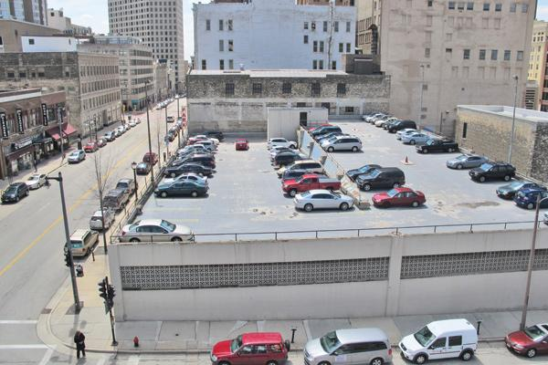 The principals of Interstate Parking Co. LLC have purchased the Milwaukee Athletic Club's parking structure and surface parking lot.