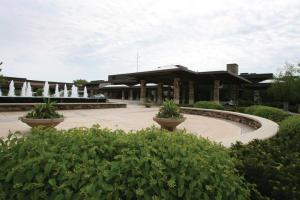 Grand Geneva Resort & Spa saw a 4 percent increase in occupancy in 2011 over 2010.