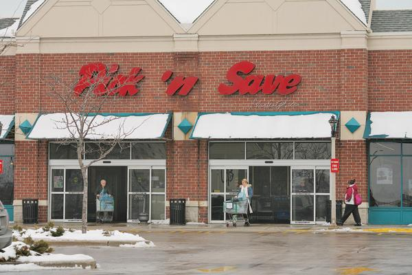 Roundy's is testing Mariano's concepts at some local Pick 'n Save stores.