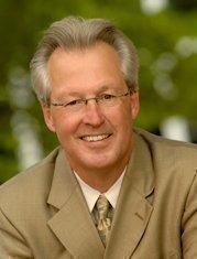 James Bradford, dean of the Vanderbilt Owen Graduate School of  Management, is Cracker Barrel's incoming chairman.