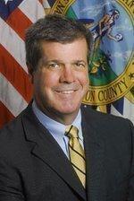 Dean urges security improvements at Nashville schools