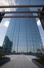 UBS close to deal at Pinnacle