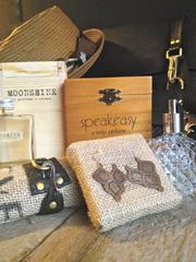 Trunk sells clothes, jewelry and accessories.