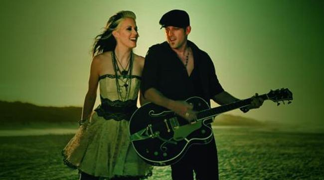 """Thompson Square star in their video, """"Are you Going to Kiss Me or Not?"""""""