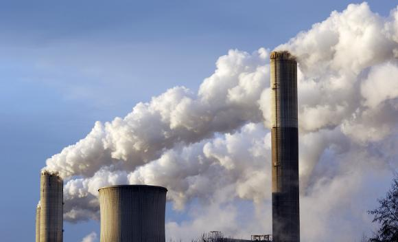 The EPA is expected to propose limiting new gas-fired power plants to 1,000 pounds of carbon dioxide emissions per megawatt hour and new coal plants to 1,100 pounds of carbon dioxide,