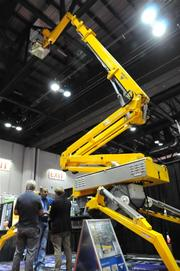 That's no ride, it's a lift arm! Made by Tracked Lifts Inc. of New York.