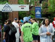Yes, no wait time because the ride wasn't working. Look, they didn't even let The Crew on. Tough times in the Empire.