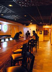On The Rocks features a spacious environment, a full bar and lots of wall space.