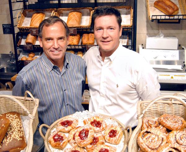 Panera managing partner Gavin Ford, left, and director of operations Ken Devine at the company's Park Avenue location in Winter Park.
