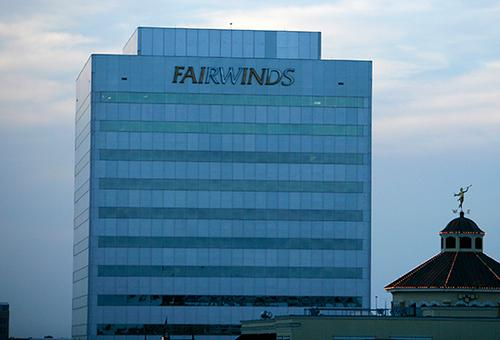 Fairwinds Credit Union Replaces Suntrust As Ucf S Student Banking