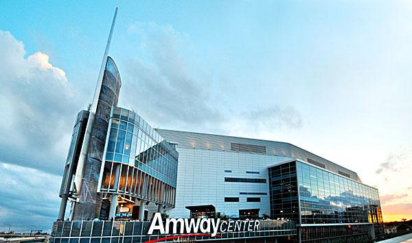 The Amway Center was named Sports Facility of the Year by the Street & Smith's SportsBusiness Journal and SportsBusiness Daily's fifth annual Sports Business Awards on Wednesday.