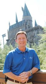 Universal's <strong>Bill</strong> <strong>Davis</strong> honored by hotel group
