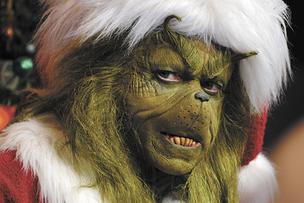 Universal Orlando's Grinch: Not a great role model for gift ideas