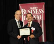Stuart Auerbach accepting an Ultimate Newcomer award for Kellyco Metal Detector Superstore