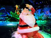 Santa gets amnesia and the characters of Dreamworks' Madagascar step in to help save Christmas in ICE at Gaylord Palms.