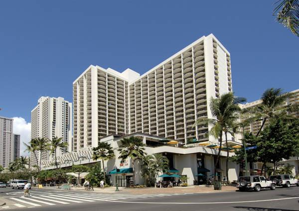 The average daily room rate at Oahu hotels rose 14.3 percent last week, according to a report by Hospitality Advisors LLC and Smith Travel Research. Seen here is the Waikiki Beach Marriott Resort & Spa.