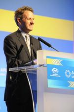Geithner: APEC nations can help global economic growth