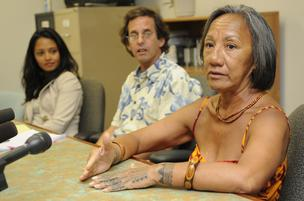 Attorneys with the Native Hawaiian Legal Corp., seen here in this Aug. 24 file photo with client Paulette Kaleikiki, right, filed a response to the City and County of Honolulu's motion in the Hawaii Supreme Court's Aug. 24 ruling in Kaleikini's lawsuit ov