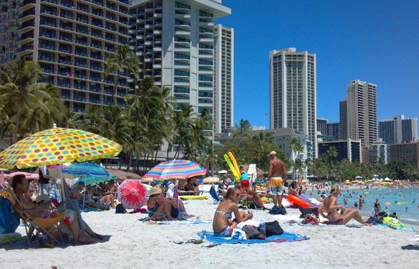 A new law bans smoking on Waikiki beaches and several other beach parks on Oahu.