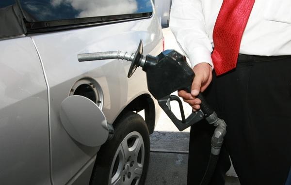 Hawaii's statewide average price of $4.08 for a gallon of regular unleaded gasoline was unchanged from last week,according to AAA Hawaii.
