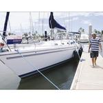 Yacht broker sails into social media waters