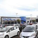 Auto dealerships seek visibility, convenience in selecting sites