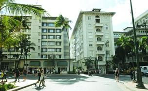 Kyo-ya Hotels & Resorts wants to raze the Westin Moana Surfrider's Diamond Head Tower, the building to the left, and replace it with an upscale mix of hotel and residential units.