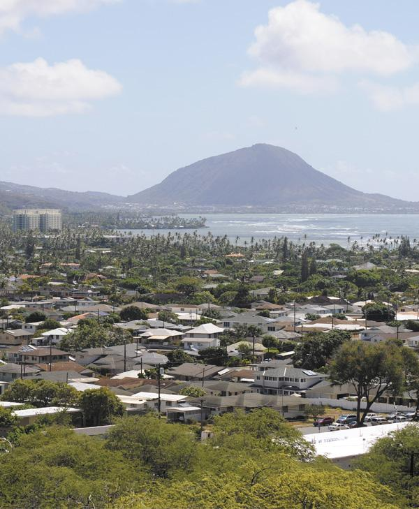 Kahala residents enjoy large lots and proximity to the Pacific Ocean, Waikiki and downtown Honolulu, but they're paying top dollar.