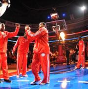 Largest one-day attendance for a Sixers game (vs. Chicago Bulls, April 17, 1998): 21,305