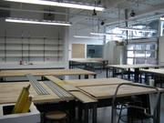 The prototype shop on the first floor. It features a 3D printer and a laser cutter.
