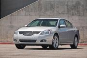 4: Nissan Altima, 268,981