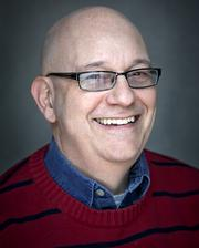 """Lubetkin Global Communications — Steve Lubetkin was podcasting when you were scratching on cave walls. With seven years in the field, he is the """"go-to"""" guy for questions about audio and video podcasting with a string of awards to show for his work.  (Pictured: Steve """"@PodcastSteve"""" Lubetkin.)"""