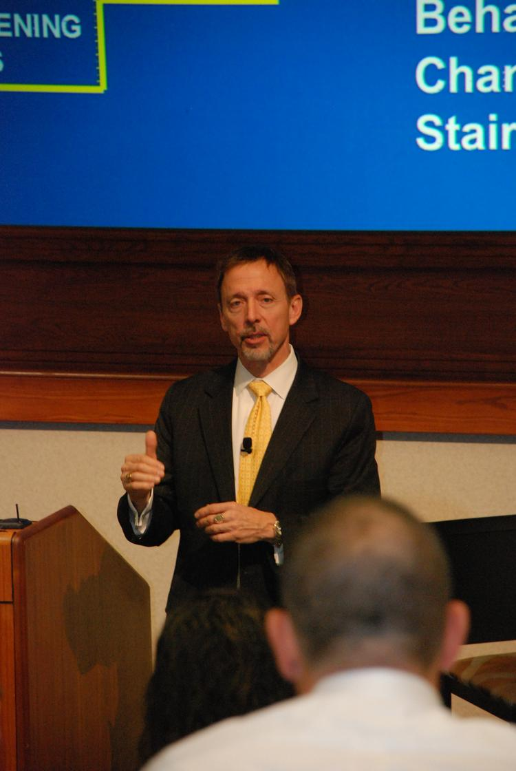 Former FBI hostage negotiator Chris Voss talks about building trust in high-stress situations at the Thunderbird School of Global Management in Glendale.
