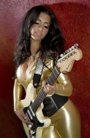 Sharon Aguilar, who plays lead guitar for Cee Lo Green, works with a Stratocaster.