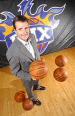 Welts' coming out brings Suns another contentious May