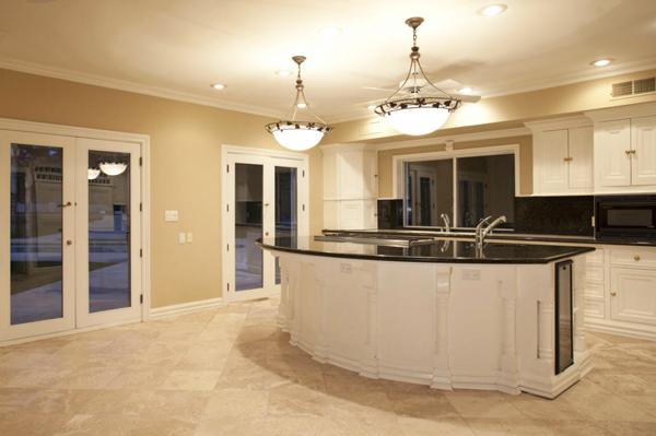 The kitchen of Stoudemire's old home.