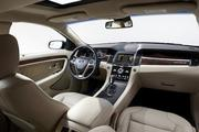 The interior of the 2013 Ford Taurus.